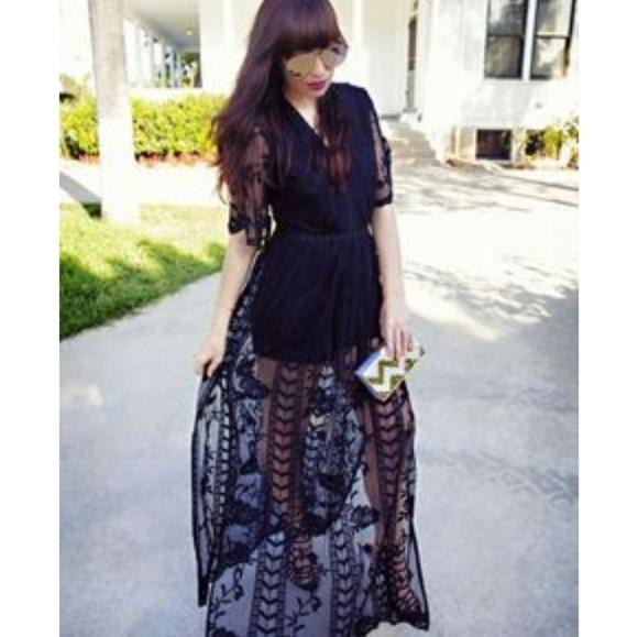 7b36081e7db SOCIALITE Lace Overlay Romper Maxi Dress. M 5aaa1a718af1c5b9d0baa147